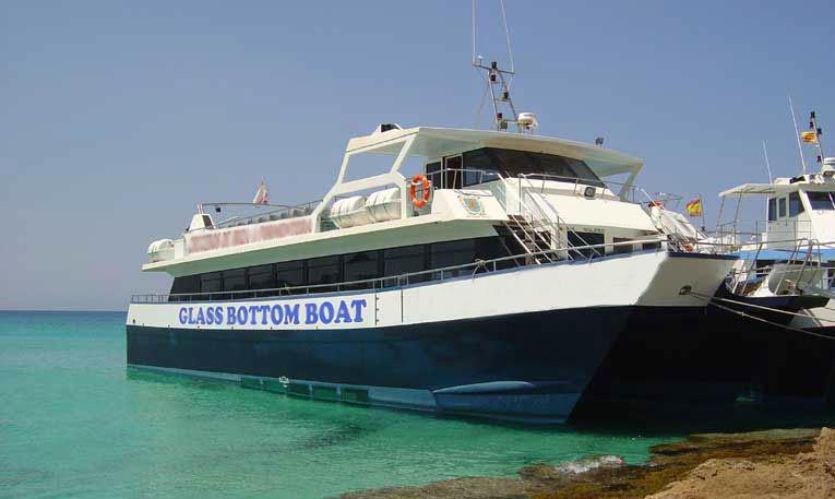 300 passengers boat catamaran trips in Ibiza